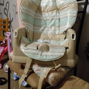 Booster Seat Like New for Sale in Hendersonville, NC