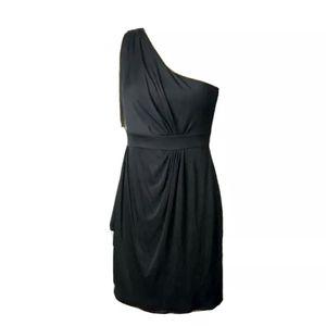 DVF Black Silk blend one shoulder dress size 6 . for Sale in San Fernando, CA