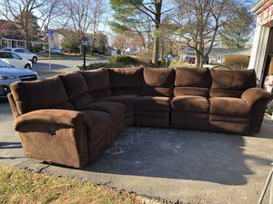 Laz Boy sectional couch sofa for Sale in Fairfax, VA