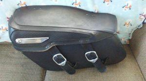 Harley davidson saddle bag for Sale in Sebring, FL