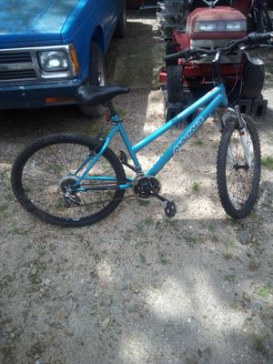 Magna 21 speed mountain bike in riding condition asking 30.00 for Sale in Halstead, KS