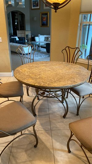 Dining room table with 6 chairs for Sale in Plantation, FL