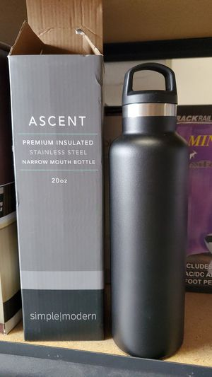 Ascent premium insulated stainless steel narrow mouth bottle 20 oz for Sale in Riverside, CA