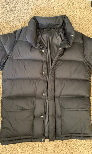 Uni-Qlo men's black parka for Sale in Henderson, NV