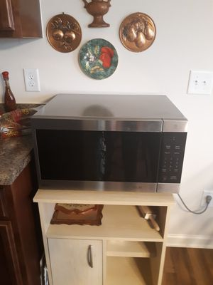 LG Microwave for Sale in Lexington, NC