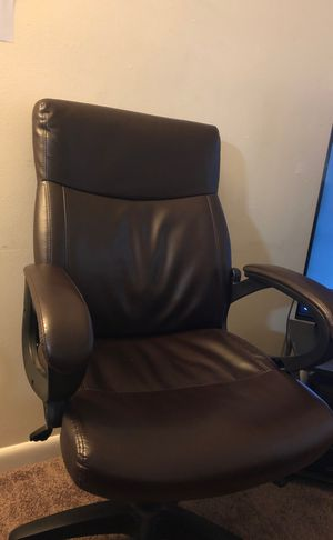 Computer Chair for Sale in Glenburn, ME