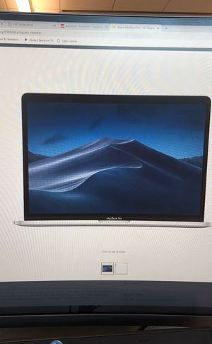 MacBook Pro 13' display with Touch Bar. Intel core i5 8GB memory. 256GB SSD (latest model) space grey for Sale in Austin, TX
