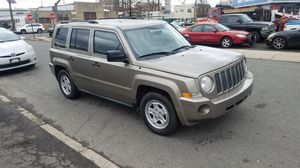 2008 JEEP PATRIOT STICK SHIFT VERY CLEAN !!!!!! for Sale in Linden, NJ