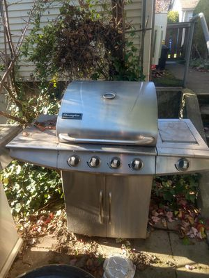 Free scrap BBQ , and light fixtures for Sale in Tukwila, WA
