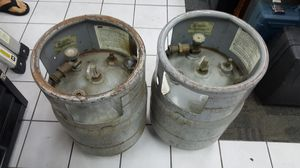 Used LP tanks for gas forklift truck PAIR as is for Sale in Clearwater, FL