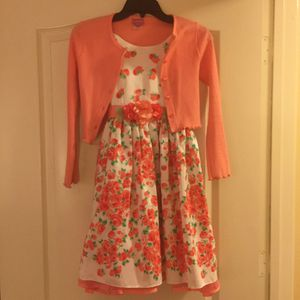 BEAUTIFUL LOT CLOTHING FOR GIRLS. EXCELLENT CONDITIONS (size 10 Large) for Sale in Kissimmee, FL