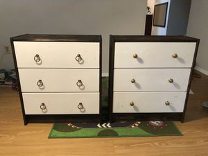3 drawer dresser (set of 2) for Sale in North Springfield, VA