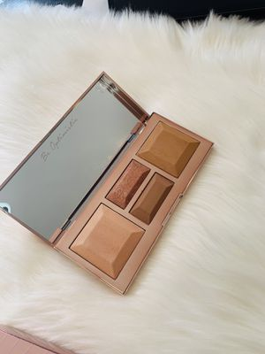 BECCA Be a Light Face Palette. New! for Sale in Azusa, CA