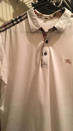 Burberry polo size XL for Sale in Clarksburg, MD