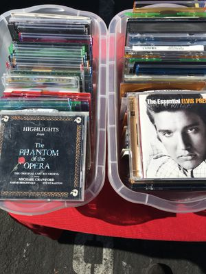 Assortment of CD in great condition for Sale in Chino, CA