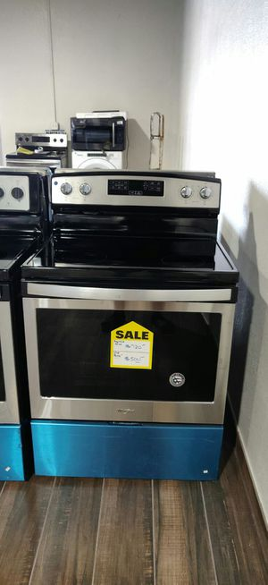Whirlpool electric range stove for Sale in Phoenix, AZ