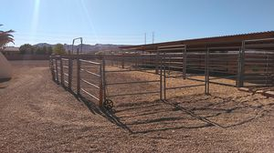 Horse panels, turn out with a gate. HAS TO GO! for Sale in Las Vegas, NV
