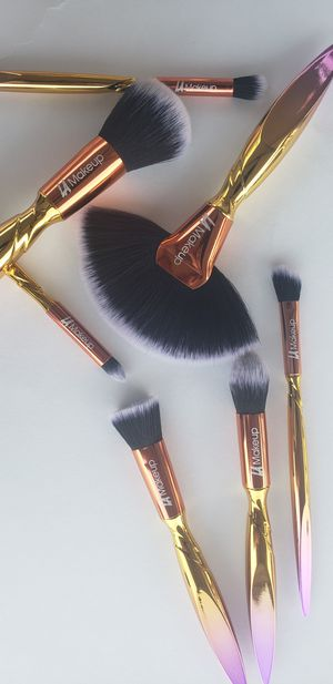 new.7 pcs makeup brush set for Sale in Los Angeles, CA