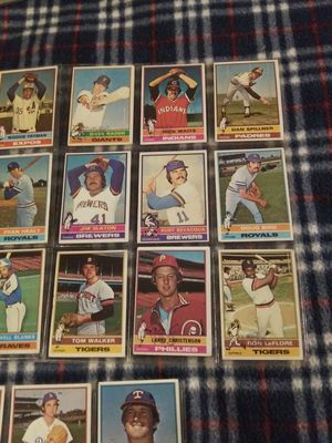 1976 Topps Baseball Cards for Sale in Phoenix, AZ