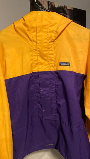 Patagonia LAKER COLORWAY for Sale in Cypress, CA