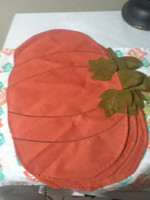 Cotton Pumpkin placemats like new $25.00 cash only for Sale in Dallas, TX