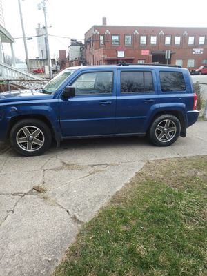 2010 jeep patriot 3500 obo for Sale in Cleveland, OH