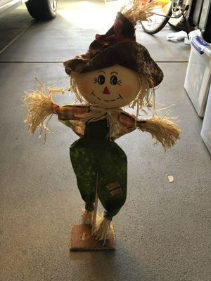 Small Scarecrow Decoration for Sale in Sacramento, CA