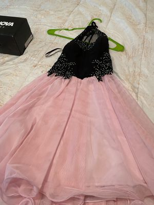Spring dress and prom dress for Sale in Baton Rouge, LA