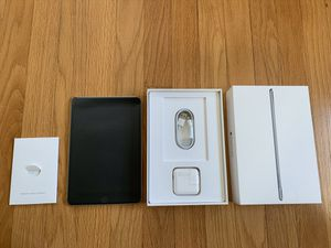 Like new iPad mini 4 with ALL accessories! for Sale in Lombard, IL