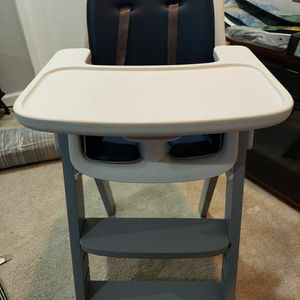OXO Tot Baby High Chair for Sale in Upper Marlboro, MD