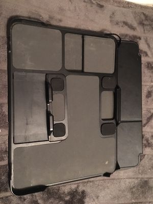 Speck Case- Fits all size tablets or IPad for Sale in West Bloomfield Township, MI