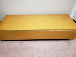 Display bench for Sale in Peoria, IL