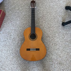YAMAHA C40 Acoustic Guitar for Sale in Wheeling, IL
