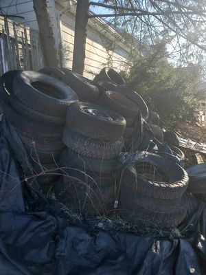 Free tires and rims for Sale in Saugerties, NY