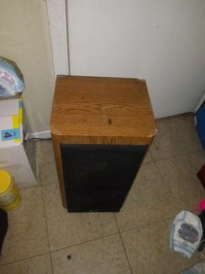 Infinity surround sound speakers for Sale in Lubbock, TX