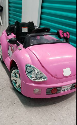 Electric hello kitty toddler car for Sale in Pembroke Pines, FL