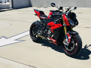 Model:s1000r, make: Bmw, mileage 20000 for Sale in Tampa, FL