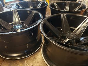 22X12 RIMS 6 LUGS FORD TRUCKS NO TRADES NOTHING AFTER 9PM for Sale in La Grange, IL