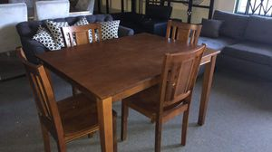 New Kitchen table and Chairs for Sale in Hawthorne, CA