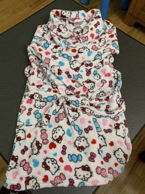 Hello Kitty cozy bath rope kids large, age 10-12 for Sale in Summit, NJ