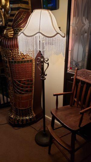 Vintage Antique Look 3 Way Floor Lamp Fringe Shade for Sale in Carpentersville, IL