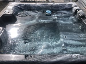 HOT TUB for Sale in Key Largo, FL