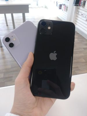 Apple iPhone 11 Unlocked for all carrier for Sale in Everett, WA