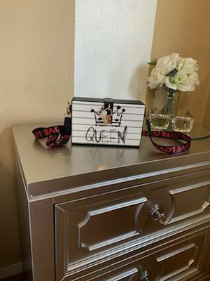 New Boutique Queen bag for Sale in San Leandro, CA