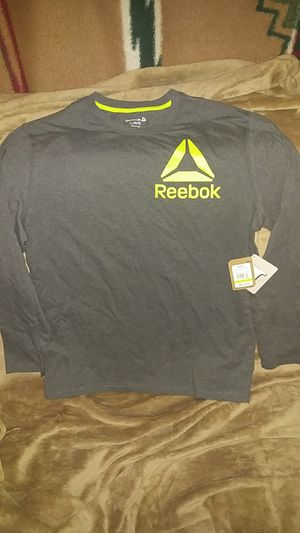 Reebok Long Sleeve T-shirt Size L for Sale in Phoenix, AZ
