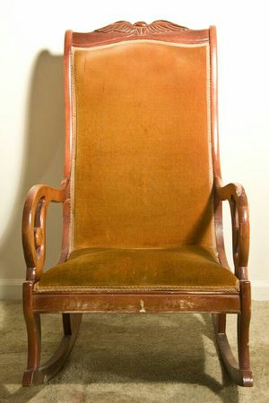 Vintage/Antique Rocking Chair for Sale in Jersey City, NJ