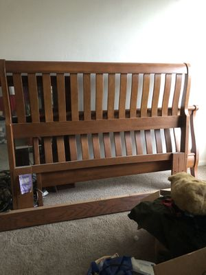 Queen bed for Sale in Lynchburg, VA