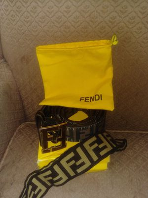 Fendi head band an hand bag for Sale in Cleveland, TN