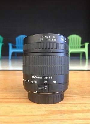 Sigma 28-300mm Lens ( Canon DSLR ) for Sale in Rockville, MD