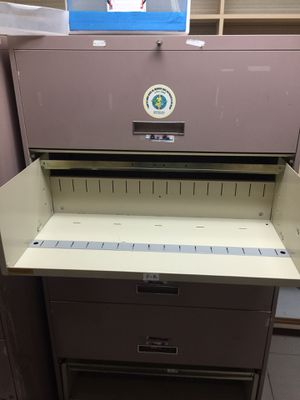 FILE CABINETS - Vertical/Lateral Used but functional for Sale in Miami, FL